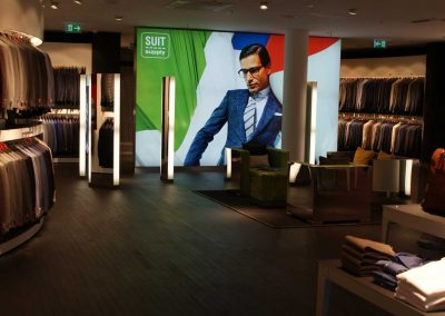 suitsupply-dusseldorf-saense-parkethuys-1